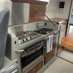 Sargo 33 grill interior